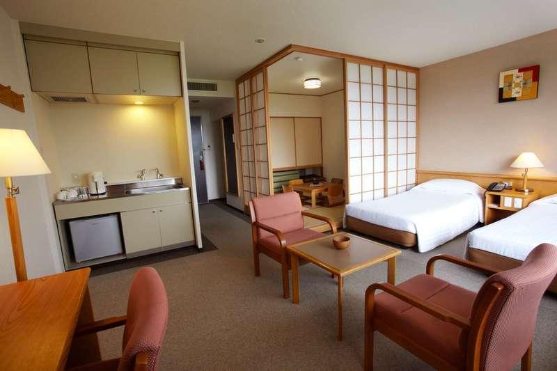 Large club med sahoro hokkaido suite 2