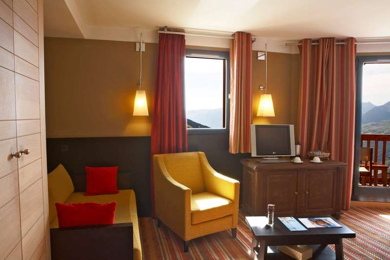 Large club med peisey vallandry deluxe 3