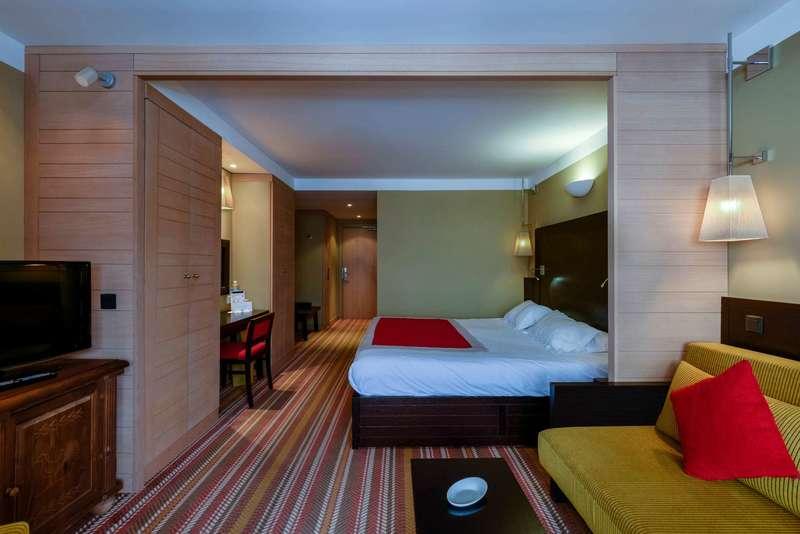 Large club med peisey vallandry suite 5