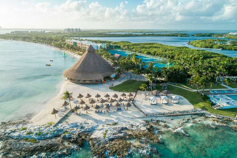 Large https  ns.clubmed.com icp 1 media 01.villages 1.1mer cancun yucatan 32 31 30 29 28 27 26 25 24 23 22 21 20 19 18 17 16 15 14 13 12 11 10 9 8 7 6 5 4 3 2 1 photos canck117001