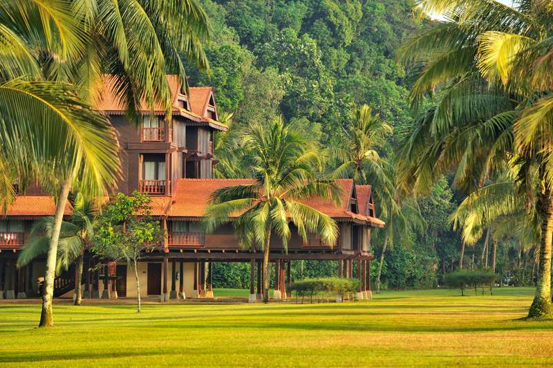 Large https  ns.clubmed.com icp 1 media 01.villages 1.1mer 1 cherating beach 4 3 2 1 photos checb110005