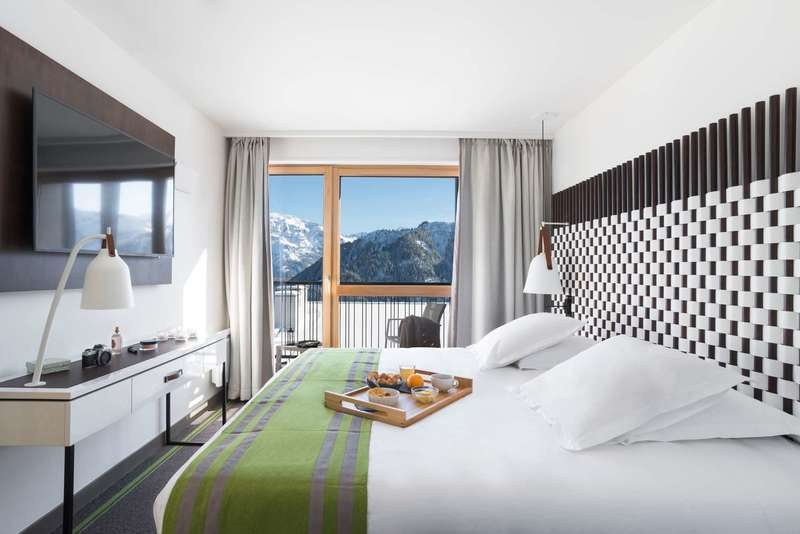 Large https  ns.clubmed.com icp 1 media 01.villages 1.3montagne 1 grand massif samoens morillon 3 photos gmacl117003