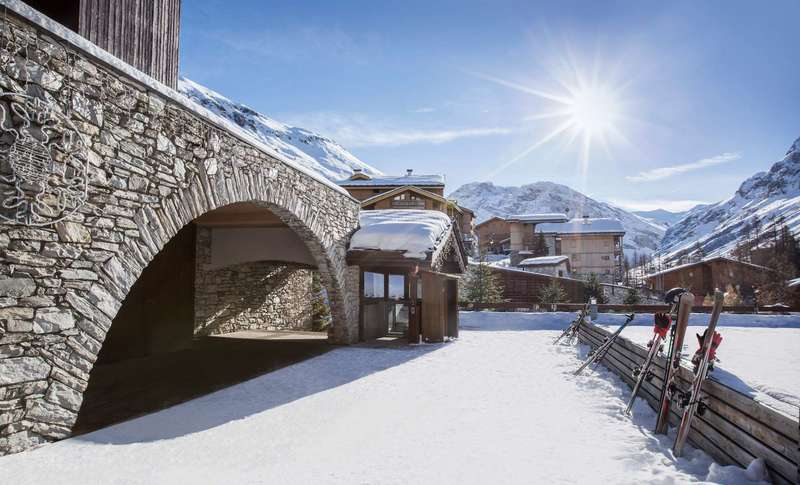 Large https  ns.clubmed.com icp 1 media 01.villages 1.3montagne val disere 47 photos viscl113012