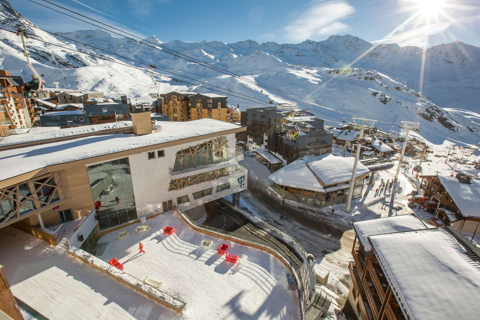 Https  ns.clubmed.com icp 1 media 01.villages 1.3montagne val thorens sensations 48 photos vthca115059